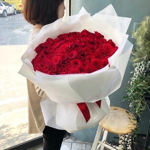 100송이 장미꽃다발